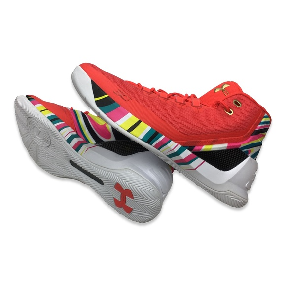 83f445a79c71 Under Armour Stephen Curry 3 Chinese New Year. Under Armour.  M 5b8195a9c9bf50f5a7eae4ee. M 5b8195aa3c98440884946f2f.  M 5b8195aade6f62c0a1c33900